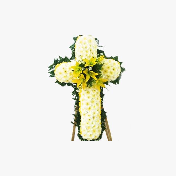 Cruceta de crisantemos y lirios