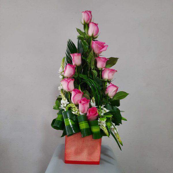 Arreglo de 12 Rosas Rosadas